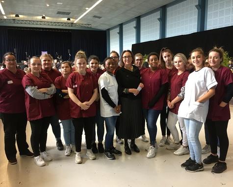 Les élèves de Terminale ASSP domicile et CAP ATMFC au service des retraités briochins